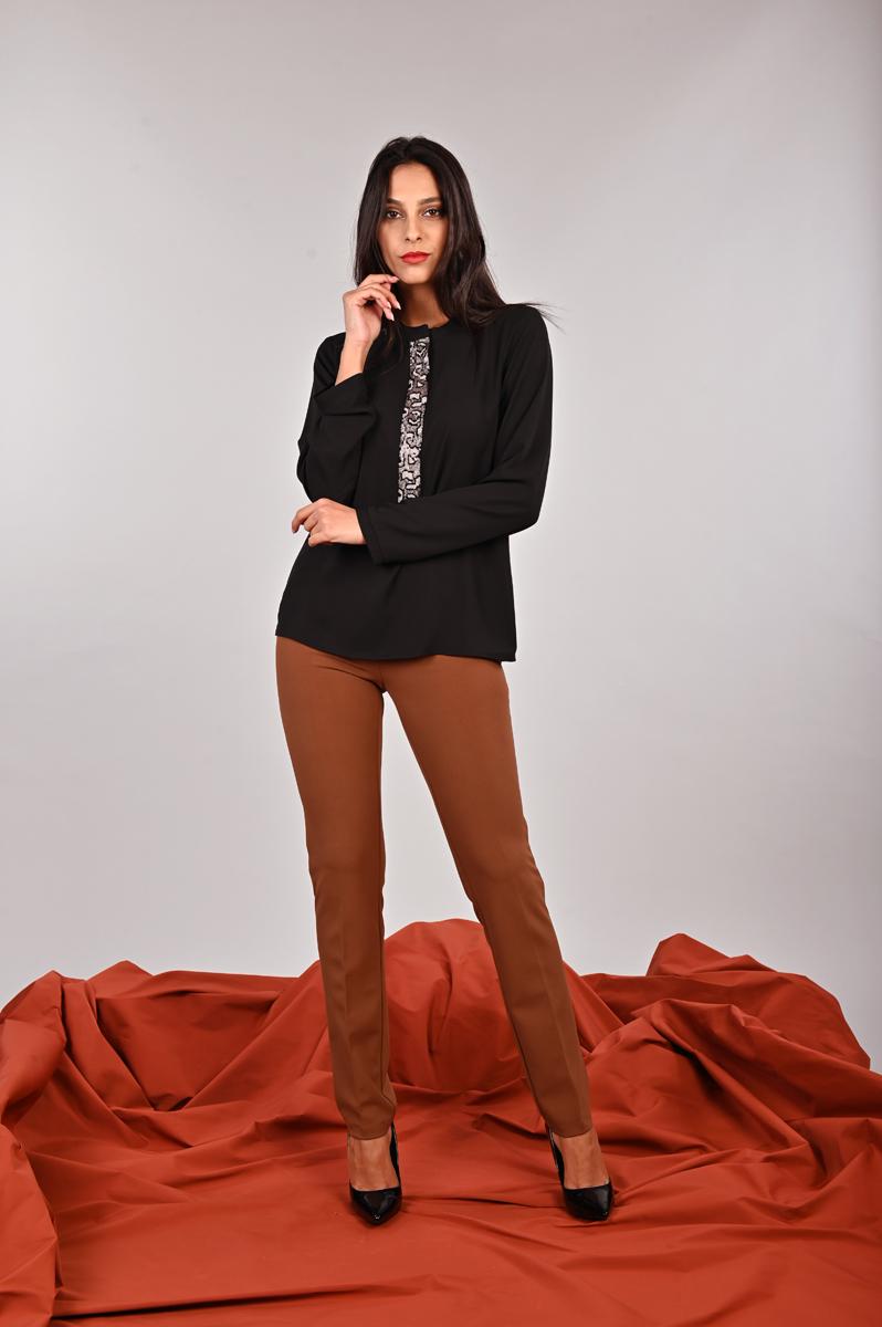 Camicia con un inserto maculato in pailletes Meteore Curvy Fashion