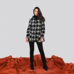 Cappotto invernale in morbida lana fantasia con cappuccio