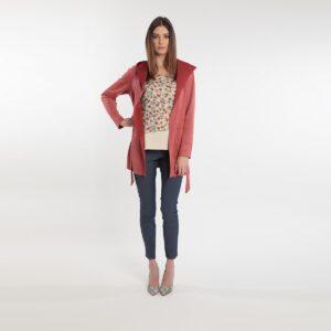 giacca scamosciata dalla linea minimal primavera 2020 Meteore Fashion