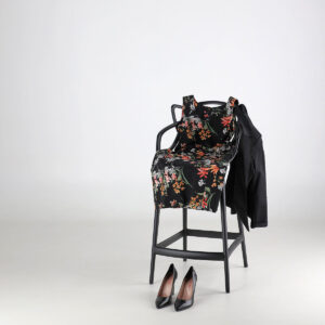 look Giacca tinta unita e vestito fantasia. Collezione estate 2020 Meteore Fashion