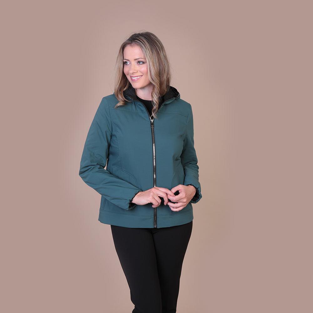 Collezione Autunno 2020 Meteore Fashion Giaccone: Mandorla - Pantalone: Zen