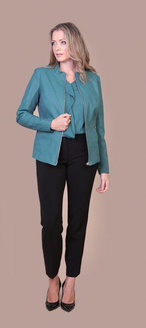 Collezione Autunno 2020 Meteore Fashion Giacca: Sisley - Pantalone: Zoeva