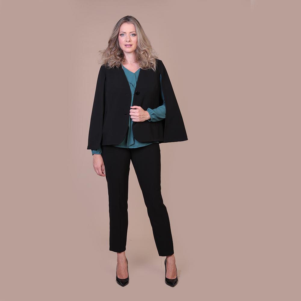 Collezione Autunno 2020 Meteore Fashion Mantella: N°43 - Pantalone: Zoeva