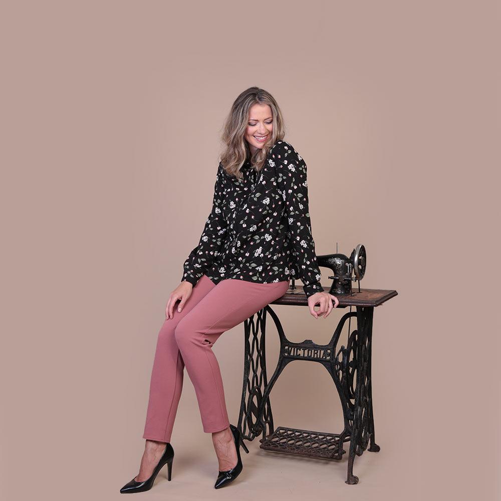 Collezione Autunno 2020 Meteore Fashion Camicia: Asana - Pantalone: Zen
